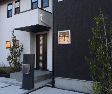 家相における玄関の欠けはポーチの屋根や袖壁で補えるのか